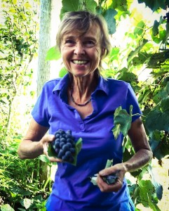 Jen with the Grapes - North Farm Loving Nature Retreat Space, Bellingen